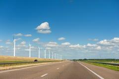 ветер турбин ландшафта земледелия Стоковое Фото