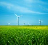 ветер турбин поля зеленый Стоковое фото RF