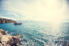 Ветрила корабля на море Стоковое Изображение RF