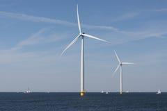 Ветровая электростанция в воде Стоковая Фотография