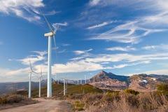 Ветровая электростанция на вершине холма в Испании Стоковая Фотография