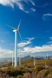 Ветровая электростанция на вершине холма в Испании Стоковые Фотографии RF