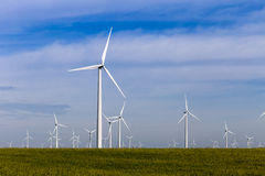 Ветровая электростанция на открытой прерии Стоковые Изображения