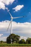 Ветротурбина для альтернативной энергии Стоковая Фотография RF