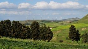 Ветротурбины в ландшафте Стоковое фото RF