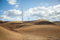 Ветротурбины на холме Стоковые Фото