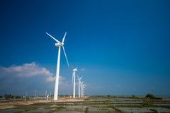 Ветротурбины производя электричество в Шри-Ланке Стоковая Фотография RF