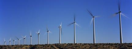 Ветротурбины против голубого неба Стоковое Изображение