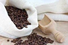ветроуловитель вкладыша кофе мешковины фасолей Стоковая Фотография