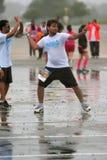 Ветры человека до воздушного шара воды хода в бое группы Стоковое Фото