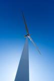 ветрянка ветра турбины силы энергии зеленая самомоднейшая Стоковая Фотография RF