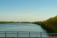 Ветрянка в поле Концепция возобновляющей энергии, subst энергии Стоковые Фотографии RF