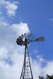 ветрянка фермы старая Стоковые Изображения