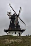 Ветрянка Sonderho на Fano в Дании стоковое изображение rf