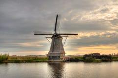 Ветрянки в Kinderdijk, Нидерландах Стоковое Фото