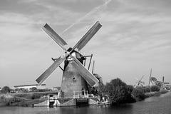 Ветрянки в Kinderdijk стоковое изображение