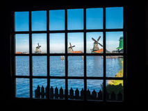 4 ветрянки в Zaan Schans Стоковое Изображение