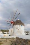Ветрянки на острове Mykonos, Греции Стоковые Изображения