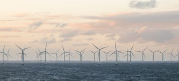 Ветрянки с побережья Дании стоковое фото rf