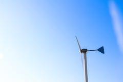 Ветрянки для продукции электричества Стоковое фото RF