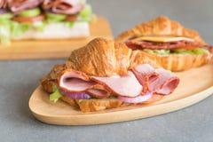 ветчина сандвича круассана Стоковые Изображения RF