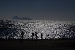 Вечер на пляже стоковое изображение