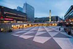 Вечер на torg Sergels, Стокгольме, Швеции Стоковое фото RF