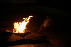 Вечное пламя на переулке героев Волгограда стоковое изображение