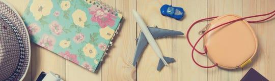 Вещества блоггера перемещения лета для знамени Стоковое фото RF