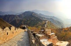 Великая Китайская Стена Китая вниз дистантная Стоковое Изображение