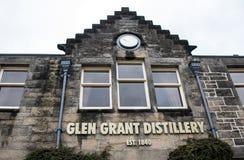 Великобритания, Шотландия 17 05 Продукция 2016 винокурни шотландского вискиа солода Глена Grant Speyside одиночная Стоковые Фото
