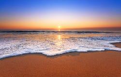 Величественный заход солнца океана стоковая фотография rf