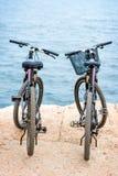 2 велосипеда на пристани Стоковые Изображения RF