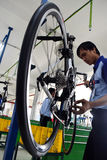 Велосипед велосипеда собрания от Индонезии стоковое изображение rf