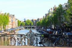 Велосипед в Амстердаме, Голландия стоковые изображения