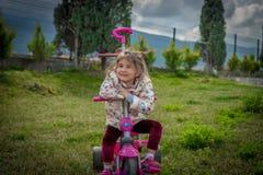 Велосипед девушки Стоковое фото RF