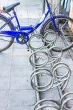 Велосипед запертый, велосипед Стоковая Фотография RF