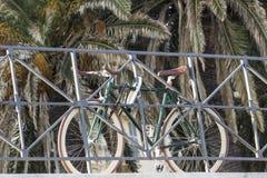 Велосипед запертый Стоковое Изображение RF