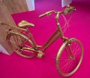 Велосипед золота Стоковое Фото