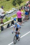 Велосипедист Ramunas Navardauskas на Col de Peyresourde - путешествуйте de Стоковые Фотографии RF