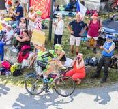 Велосипедист Ramunas Navardauskas на Col du Glandon - путешествуйте de Fra стоковое изображение