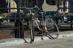 Велосипед каналом в Gent Стоковые Изображения