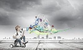Велосипед катания девушки Стоковая Фотография RF