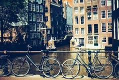 Велосипеды в Амстердаме, Нидерландах Стоковые Изображения RF