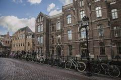 Велосипеды в улице, Амстердаме Стоковое фото RF