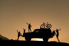 Велосипеды и приключение SUV Стоковое Изображение RF