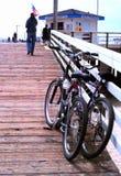 Велосипеды на пристани Стоковое Изображение