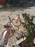 Велосипеды пляжа стоковые изображения