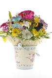 Ведро металла с цветками Стоковая Фотография RF