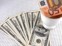 Ведущие валюты - доллар США и евро Стоковое Изображение RF